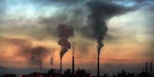 rechauffement climatique usine coucher soleil